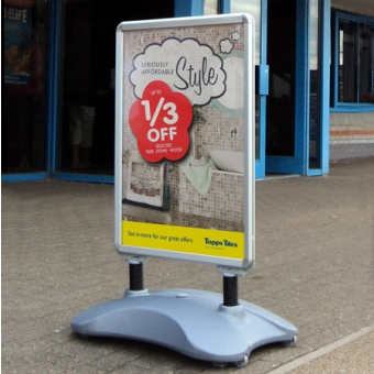 Large Format - Sightmaster 2  Forecourt Sign